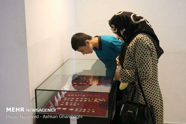 استقبال مردم از موزه مردان نمکی زنجان در روز جهانی موزه
