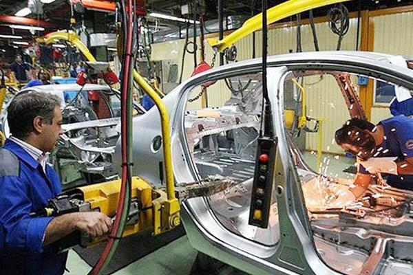 حق بیمه کارگران کارگاههای تولید قطعات خودرو تقسیط شد,