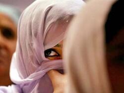 پاکستان کے علاقہ سکھر میں جرگہ نے 2 لڑکیوں کو کاری قراردیدیا