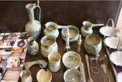 کشف ۲۰۰ قطعه اشیای عتیقه مربوط به دوره ماقبل اسلام در آذرشهر