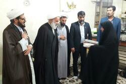 روحانیون و مبلغان پلدختر با خانواده سردار شهید شکارچی دیدار کردند