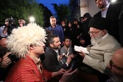 دیدار جمعی از شاعران و استادان زبان پارسی با رهبر معظم انقلاب