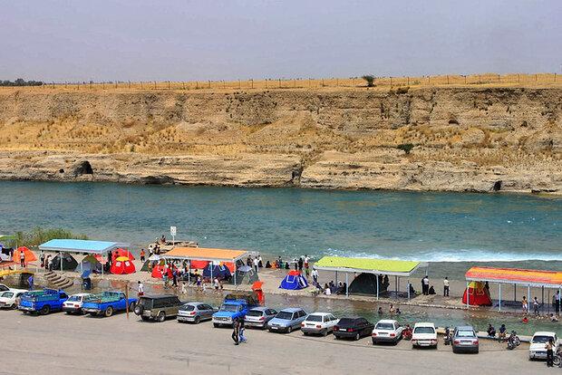 Dez coastal resort in southwestern Iran