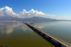'Consistent supply of water to Lake Urmia only way to save it'