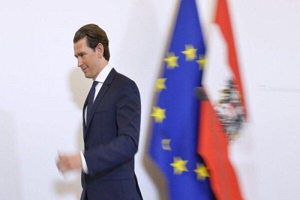 کورتز به نشست استیضاح خود در پارلمان اتریش می رود