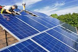 تشغيل أكبر معمل لإنتاج اللوحات الشمسية في ايران حتى نهاية العام