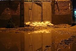 امدادرسانی ۷ تیم هلال احمر بجنورد به ۳۲ منزل دچار آبگرفتگی