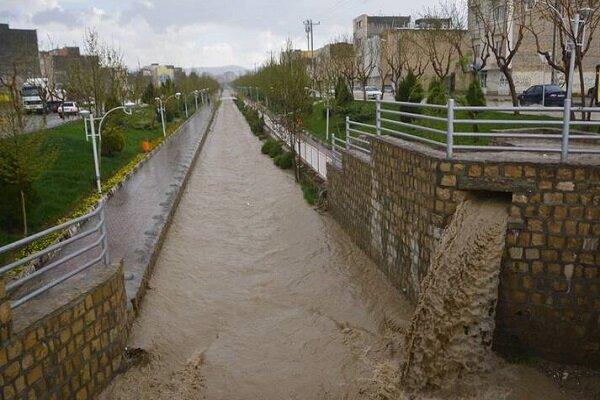 خراسان جنوبی میں سیلاب سے متاثرہ علاقہ سربیشہ میں امداد رسانی کا کام جاری