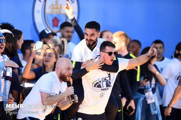جشن قهرمانی طرفداران منچسترسیتی