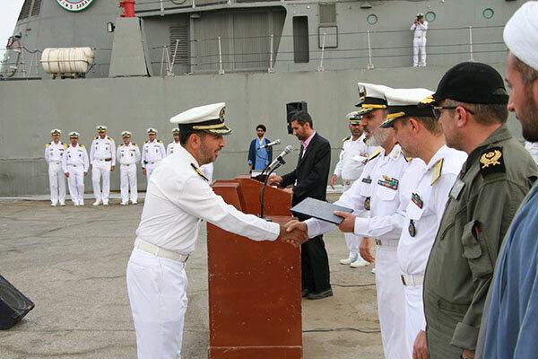 مجموعة القطع البحرية الواحدة والستين ترسو في ميناء بندر عباس جنوب إيران