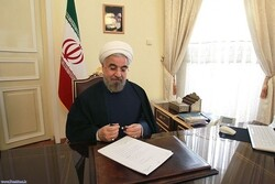 Pres. Rouhani congrats Indonesian counterpart on re-election