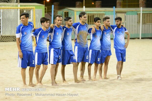 دیدار تیم های فوتبال ساحلی  شهید جهان نژادیان آبادان و ملوان بندرگز