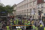 'Sarı Yelekliler' yine Paris sokaklarında