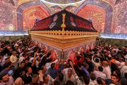 مراسم احیای شب نوزدهم ماه مبارک رمضان در حرم امام علی (ع)