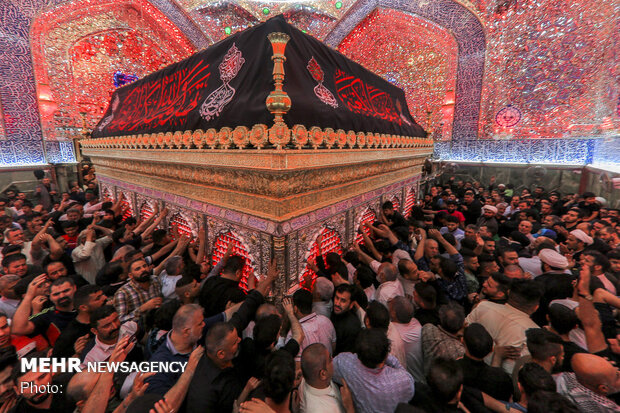 """Night of Destiny"" in Imam Ali (AS) shrine during holy month of Ramadan"