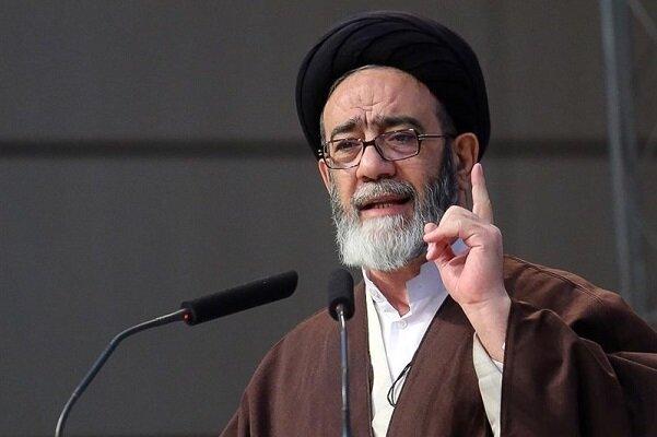 ایران کشوری مستقل و مقتدر است/ باید همیشه در اوج قدرت باشیم