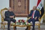 """ظريف يلتقي مع الرئيس العراقي ويبحثان ضرورة """"منع الحرب"""""""