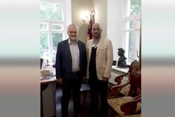 دیدار مدیر بنیاد ادبیات داستانی با رئیس انستیو گورکی