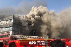 صحنه دلخراش پریدن دانش آموزان از ساختمان به خاطر آتش