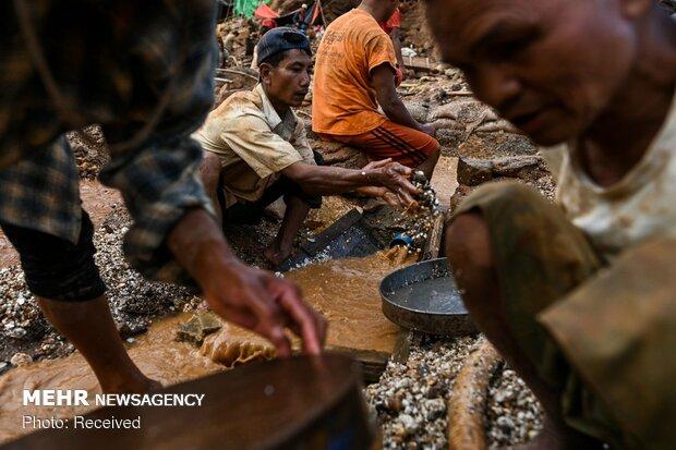 استخراج یاقوت سرخ در میانمار