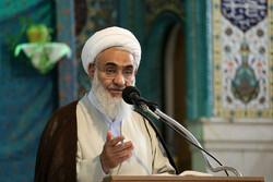 ترویج فرهنگ جهاد و شهادت یاد شهدا را زنده نگه می دارد
