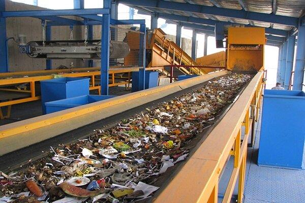 الباحثون الايرانيون يصنعون جهاز يحول النفايات الى سماد وكهرباء