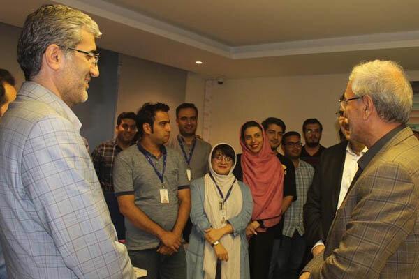 علی ربیعی, صندوق کارآفرینی امید, استارتاپ ایرانی, تجارت الکترونیک, روستا