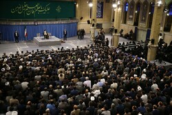 University professors, intellectuals and researchers meeting with Ayatollah Khamenei