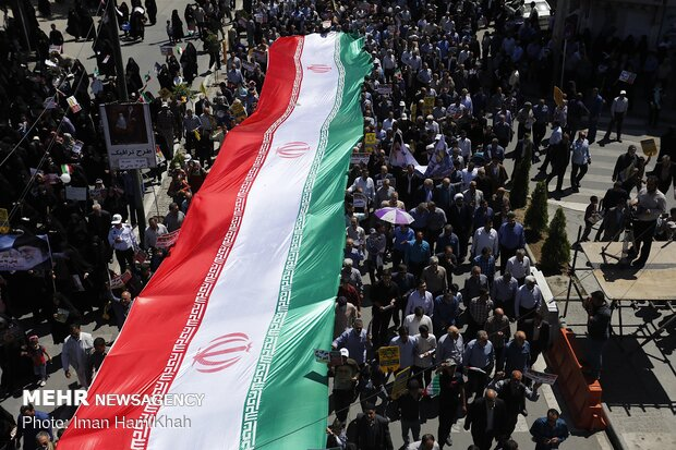 روزه داران همدانی به صف شدند/سردادن فریادهایی برای رهایی فلسطین