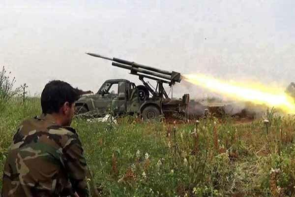 Suriye ordusundan DEAŞ'a karşı topçu operasyon