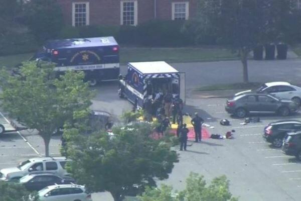 مقتل 11 شخصا جراء إطلاق نار في ولاية فرجينيا الأمريكية