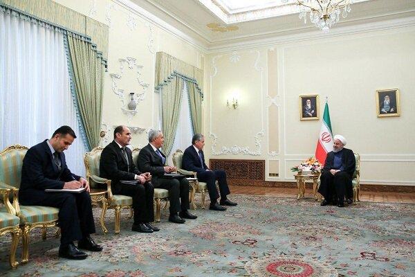 """روحاني يؤكد استعداد إيران لتقديم الخدمات التقنية الهندسية ل""""طاجيكستان"""""""
