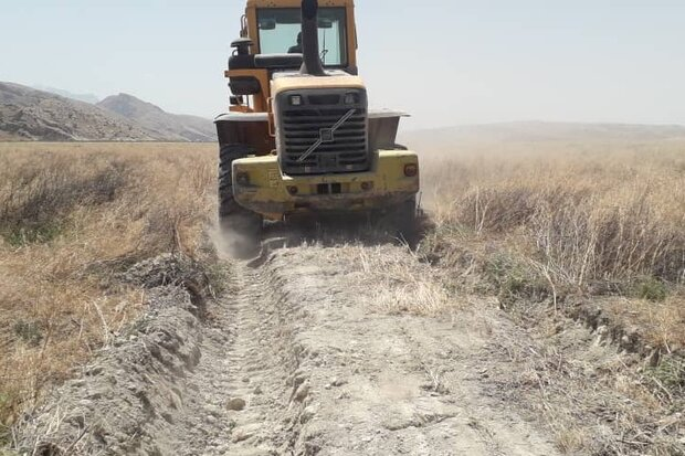 احداث ۱۰ کیلومتر  «آتش بر» در اراضی ملی لارستان