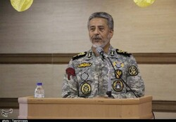 Iran's defense power absolutely non-negotiable, admiral says
