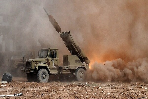Syrian Army destroys terrorists' supply routes in Hama