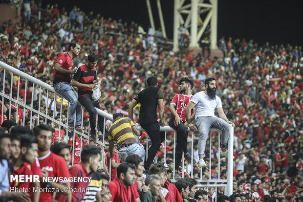 سازمان لیگ هشدار داد؛ شرایط باشگاهها فراهم نشود مسابقات به شهر دیگری میرود