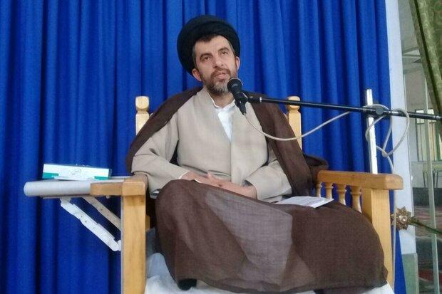 عزت و اقتدار امروز ایران در پرتو مجاهدتهای امام خمینی (ره) است