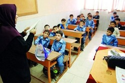 آموزشهای دوران ابتدایی با روش ایفای نقش و تفحص گروهی انجام شود