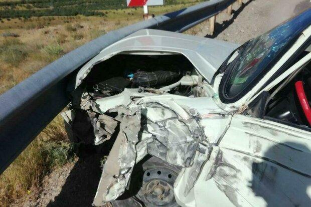 تصادف در ایوان ۳ کشته و زخمی برجا گذاشت