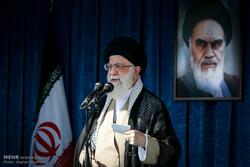 Tahran'da Ramazan Bayramı namazını İslam Devrimi Lideri kıldırdı