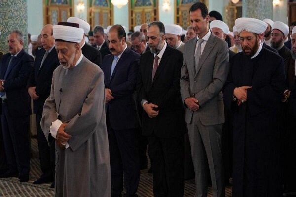 شام کے صدر بشار اسد نے دمشق میں نماز عید فطر ادا کی