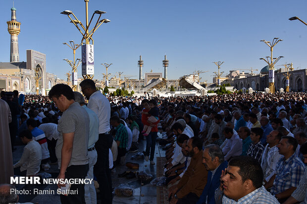 Eid al-Fitr prayers in Imam Reza (AS) holy shrine