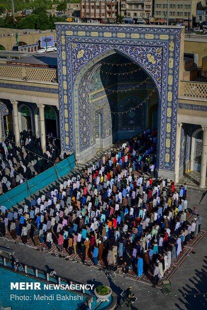 اقامه نماز عید سعید فطر در حرم مطهر حضرت معصومه(س)