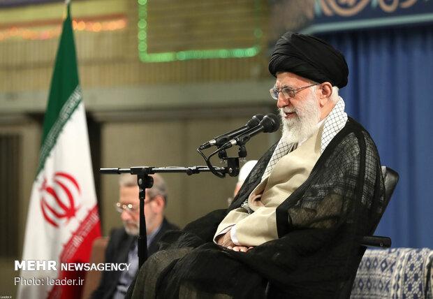 قائد الثورة يوافق على العفو وتخفيف العقوبة بحق عدد من المحكومين
