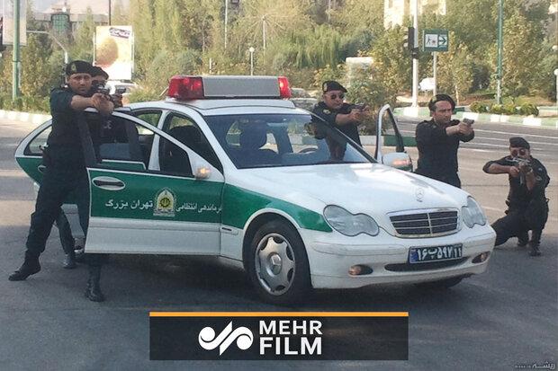 پولیس نے گاڑیاں چورے کرنے والے ڈاکو کو گرفتار کرلیا