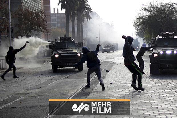 چلی میں پولیس اور مظاہرین کے درمیان جھڑپیں