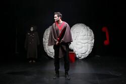 تمدید نمایش «بازرس هاند واقعی» در تماشاخانه مهرگان