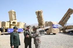 """ایران نے پیشرفتہ ایئر ڈیفنس نظام """" 15 خرداد """" کی رونمائی کی"""