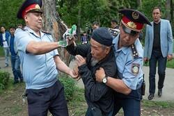 Kazakistan'da hükümet karşıtı gösteriler yapıldı