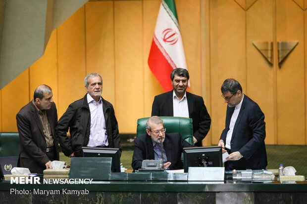 ۱۰ طرح ضد آمریکایی در مجلس اعلام وصول شد/ شکایت ایران از هالیوود